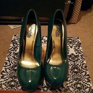 Sexy teal heels